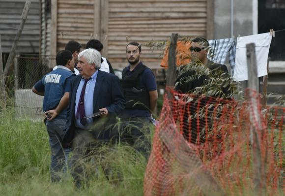 Fiscal: Gómez se hizo presente en el lugar y desde allí ordenó las primeras pericias. Foto: F. Ponzetto