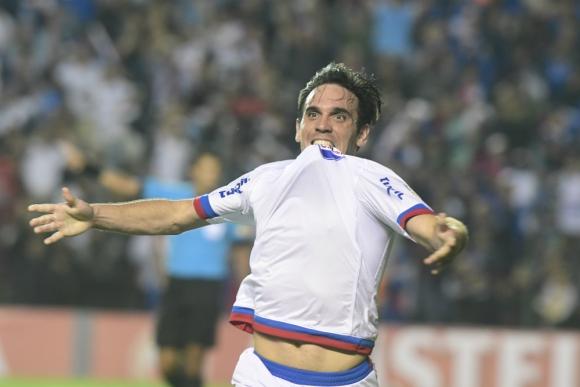 Matías Zunino desata toda su algarabía tras anotar el gol del triunfo tricolor