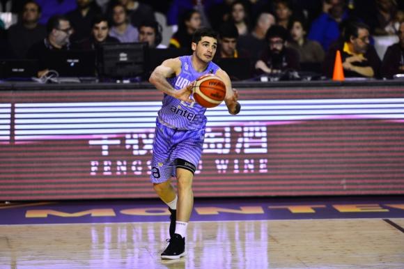 Baloncesto (m): Uruguay vence a Argentina