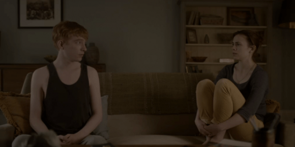 "Escena de ""Be Right Back"", unitario de la serie Black Mirror. Foto: Netflix"