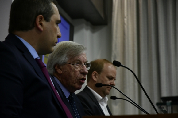 El equipo económico anunció medidas para fomentar el empleo y la inversión. Foto: F. Ponzetto