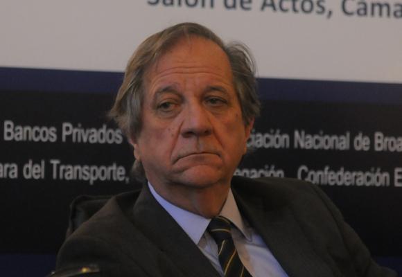 """Abreu: """"Hasta ahora el Mercosur funcionó como un bloque comercial de utilería"""". A. Colmegna"""