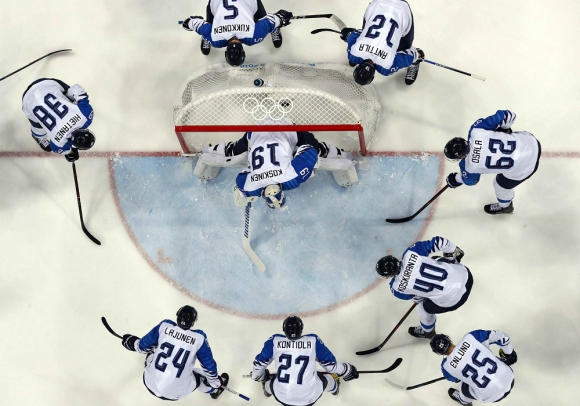 Desde arriba. Una escena de Canadá-Finlandia masculino. Foto: Reuters