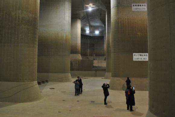 Acueducto. El Sairyu no Kawa se construyó hace 11 años. Desde entonces, Tokio sufre diez veces menos las inundaciones. Foto: Paula Barquet