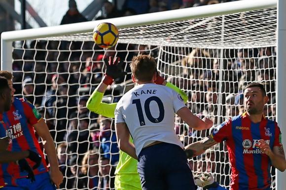 Un gol salvador de Harry Kane le dio el triunfo al Tottenham