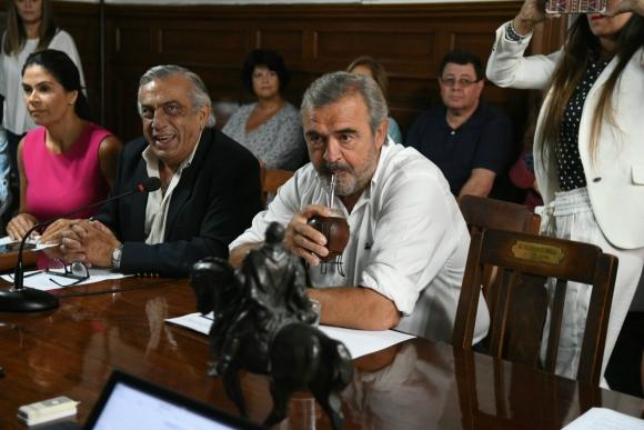 Jorge Larrañaga reunido con el directorio del Partido Nacional. Foto: Ariel Colmegna.