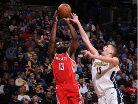 James Harden fue nuevamente la figura de la fecha en la NBA
