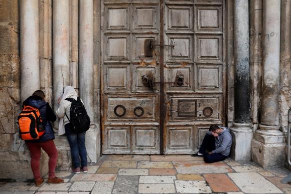 Por segundo día consecutivo, el Santo Sepulcro está cerrado. Foto: EFE