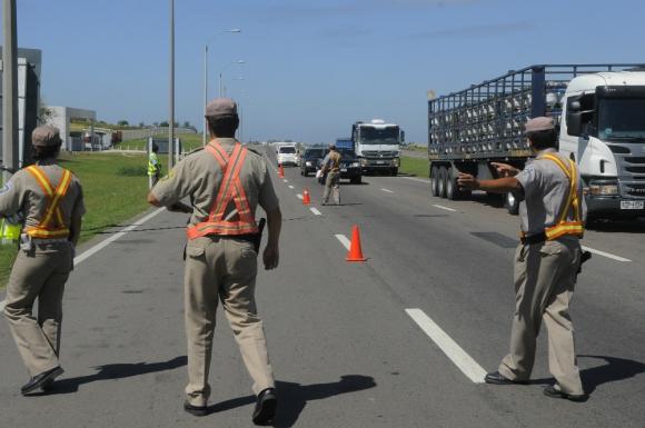 Expertos afirman que incide la falta de personal policial en las rutas. Foto: A. Colmenga