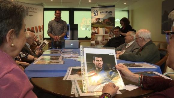 Antiguos futbolistas españoles rescatan recuerdos para luchar contra la demencia senil