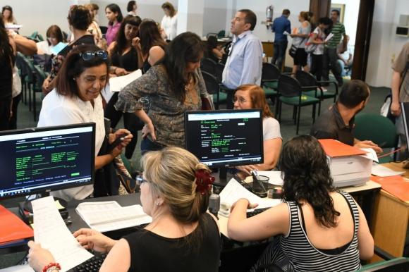Disminuyó la demanda de empleo en la Administración Central a través de Uruguay Concursa. Foto. A. Colmegna