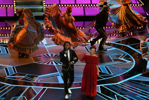"""Miguel y Natalia Lafourcade interpretan """"Remember Me"""" de la película Coco"""