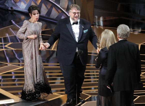 Guillermo del Toro recibe el galardón