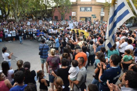 El crimen de Fabián Pérez provocó una manifestación popular. Foto: Diario El Acontecer