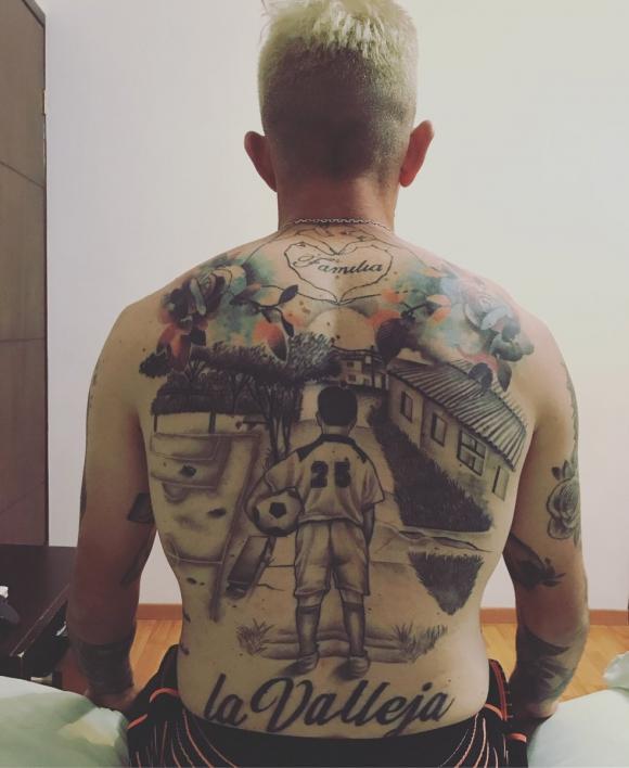 Brian Lozano mostró su nuevo tatuaje