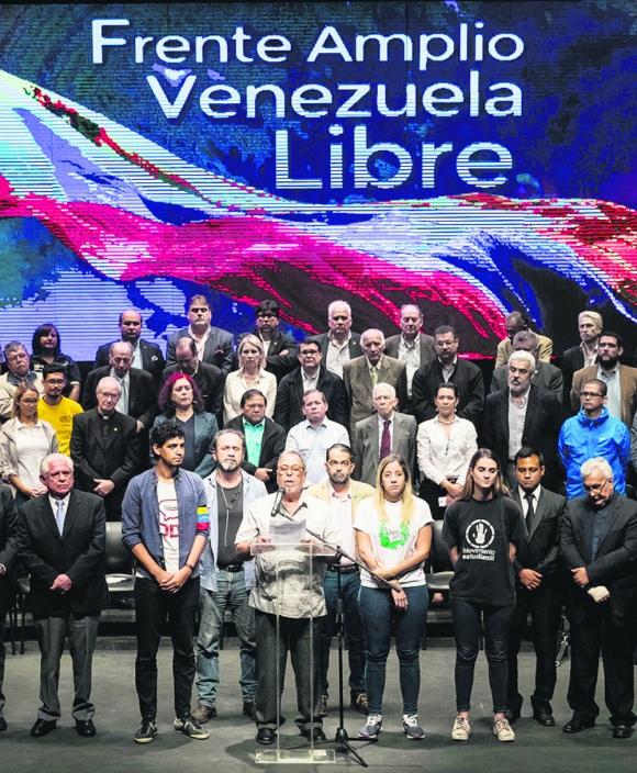 Frente Amplio Libre: denuncia fraude electoral de Maduro. Foto: EFE