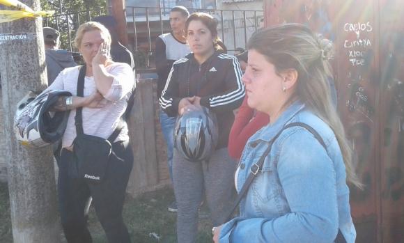 Vecinos de la víctima no salían de su asombro al conocer la noticia. Foto: L. Pérez