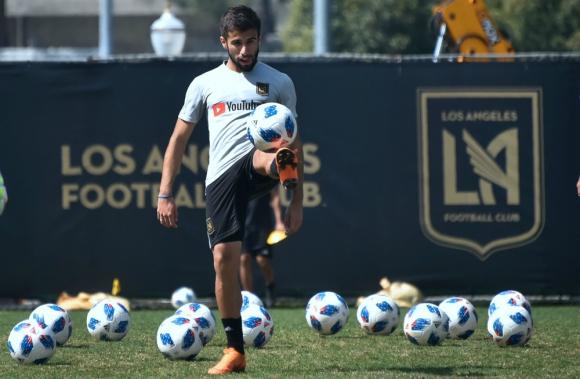 Diego Rossi marcó el primer gol en la historia de su equipo en la MLS. Foto: AFP