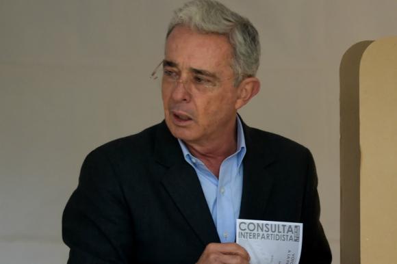 Álvaro Uribe. Foto: AFP