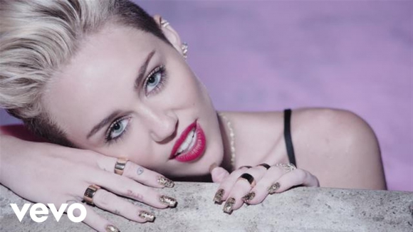 """We can't Stop"", Miley Cyrus"