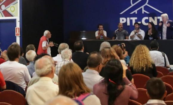 Topolansky: se preguntó si se entregará el poder al Partido de los Trabajadores si ganase las elecciones con otro candidato. Foto: EFE
