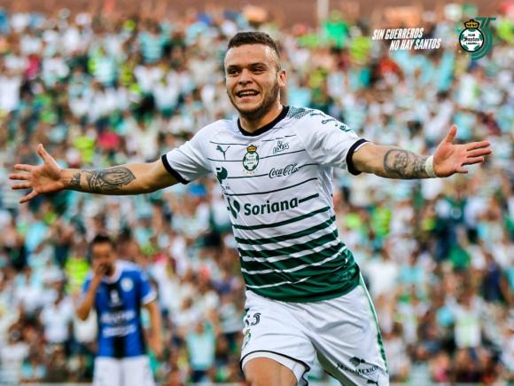 Un doblete de Jonathan Rodríguez fue clave para el triunfo de Santos Laguna