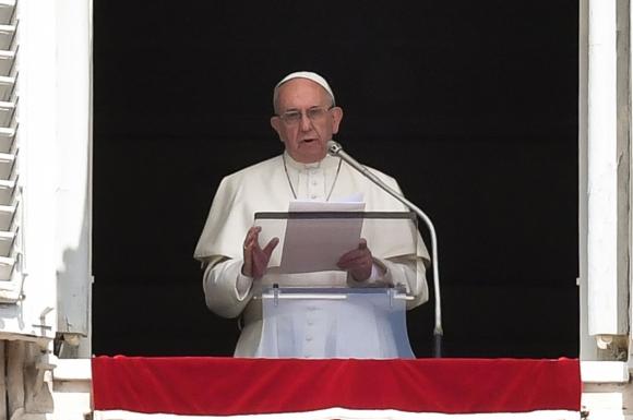 El Papa se reunirá hoy con las víctimas. Foto: AFP