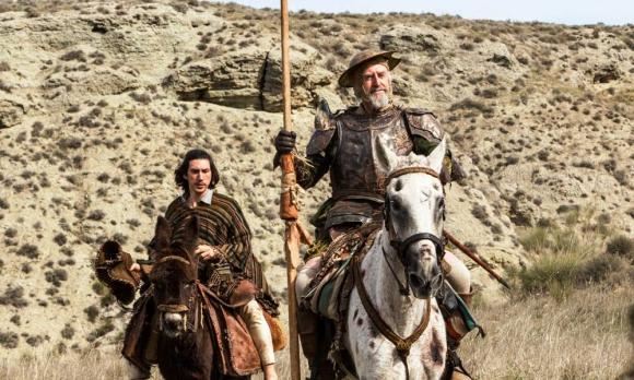 "Adam Driver y Jonathan Pryce en ""The Man Who Killed Don Quixote"""