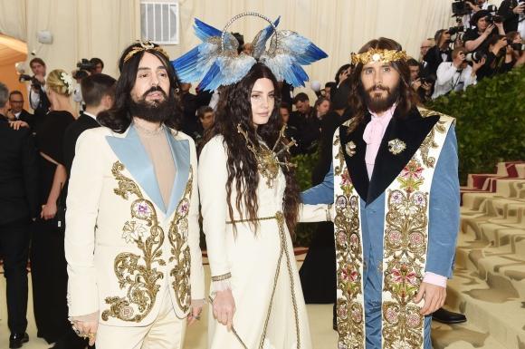 Alessandro Michele, Lana Del Rey y Jared Leto. Foto: AFP