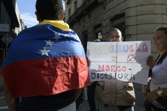 Venezolanos que viven en Uruguay protestaron contra Maduro. Foto: M. Bonjour
