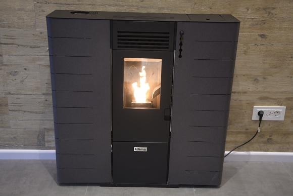 A distancia. La tecnología que utilizan estos calefactores permiten encender y regular la temperatura con el celular. (Foto: Marcelo Bonjour)