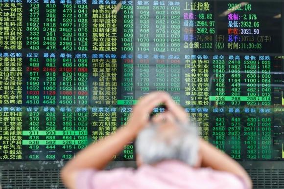 Bolsas: reaccionaron a la baja ante las tensiones comerciales. Foto: Reuters