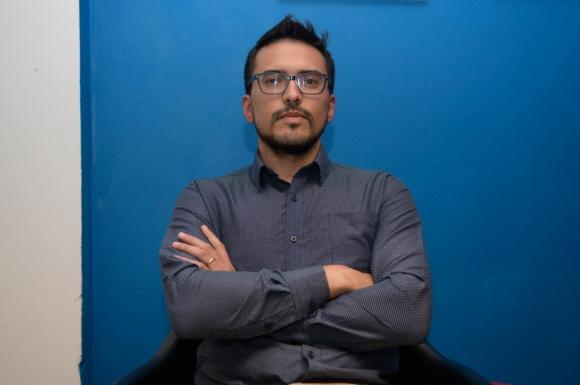 Ignacio Saldombide, el relator uruguayo más polémico de You Tube. Foto: Marcelo Bonjour