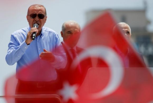 Manda: Erdogan hace más de 15 años que está e el gobierno. Foto: Reuters