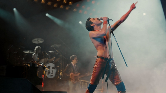 "Rami Malek como Freddie Mercury en ""Bohemian Rhapsody, la historia de Freddie Mercury"". Foto: difusión"