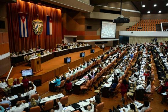 Plenario de la Asamblea Nacional cubana donde se votará la nueva Constitución. Foto: Efe.