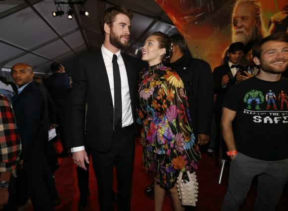 Miley Cyrus y Liam Hemsworth. Foto: Reuters