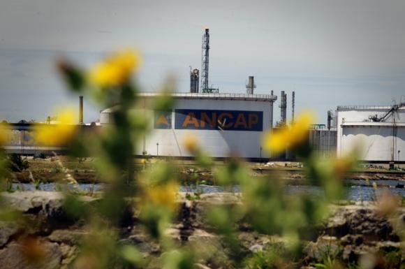Cambios: definir portafolio, mejorar división de roles entre gobierno, Ancap y regulador y definir estructura de precios de combustibles. Foto: Fernando Ponzetto.