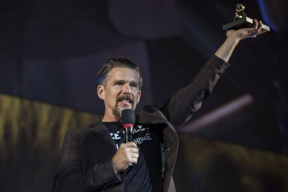 Ethan Hawke recibió el Premio a la Excelencia en el Festival de Locarno