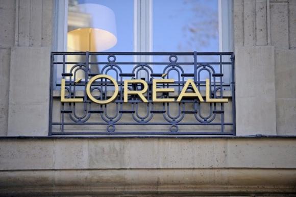 L'Oreál. La primera marca disponible será NYX Professional Makeup y lo estará a finales de este agosto.
