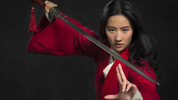 Liu Yifei como Mulan. Foto: Disney