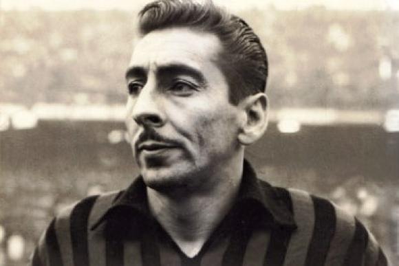 Alcides Ghiggia de rossonero.