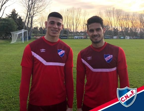 Guillermo Centurión y Guillermo Cotugno en el entrenamiento de Nacional. Foto: prensa Nacional