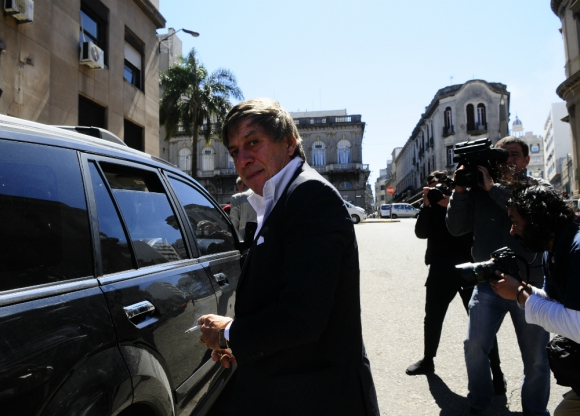 """""""Paco"""": se define como """"el más rico de Uruguay"""", pero no olvida su origen humilde y dice le hizo ganar mucho a jugadores y clubes."""