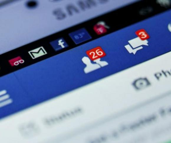 Red social: los abandonos son cada vez más y la red social no puede solucionar sus problemas. Foto: Marcelo Bonjour