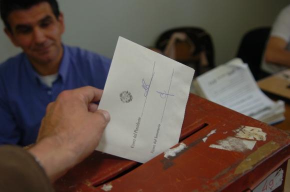 Objeción: el voto de uruguayos en el exterior genera polémica. Foto: Francisco Flores