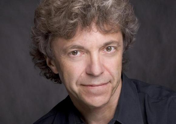El pianista francés Pascal Rogé fue solista en este concierto de la Orquesta Filarmónica de Montevideo. Foto: Difusión