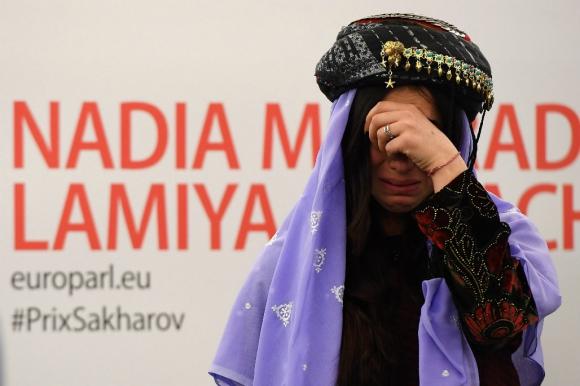 Nadia Murad se animó a narrar el horror que vivió presa del Estado Islámico. Foto: AFP