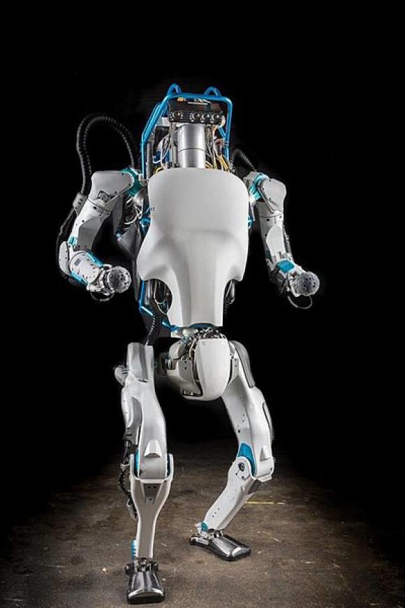 Robot. Foto: Wikimedia Commons