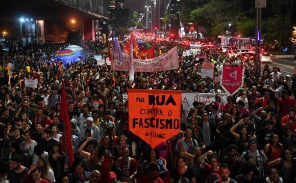 Rechazo: una manifestación contra Jair Bolsonaro, en San Pablo. Foto: AFP